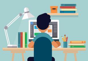 Bliv certificeret uden at forlade skrivebordet